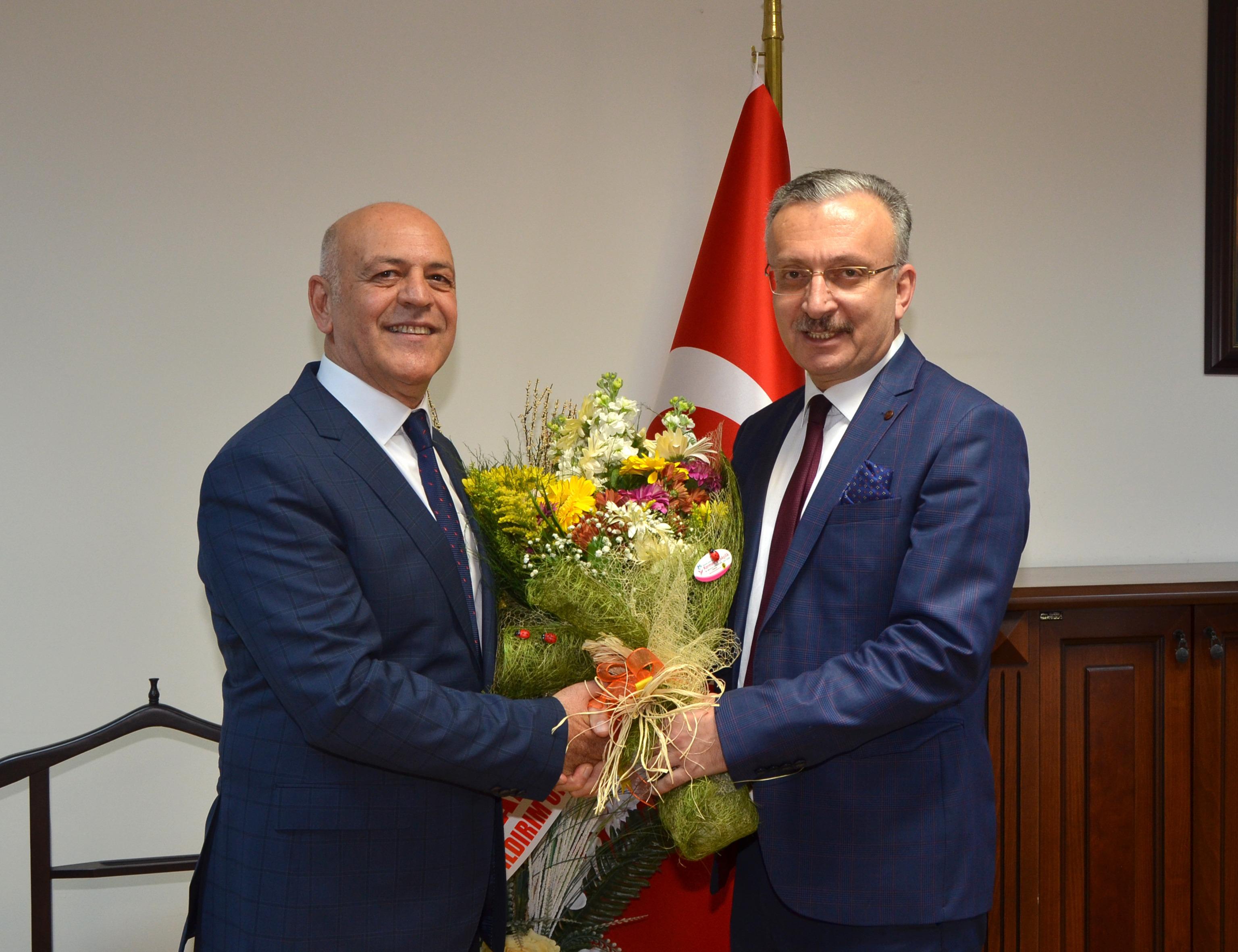 Üniversitemiz Rektör Yardımcılığına Prof. Dr. Ahmet Uğur Nalcıoğlu  atandı